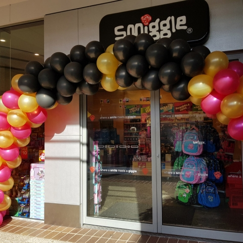 Pink Gold & Black Balloon Arch