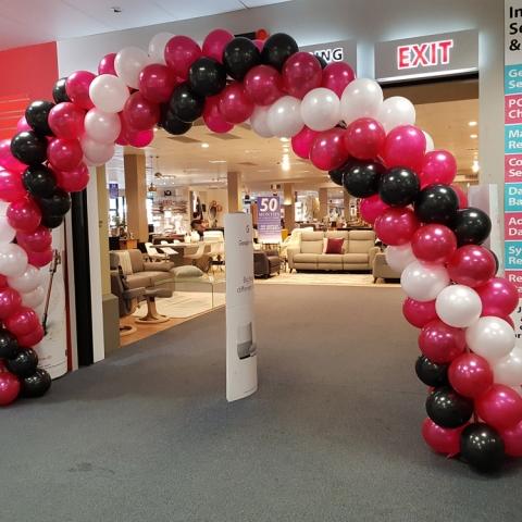Spiral Balloon Arch @ Domayne