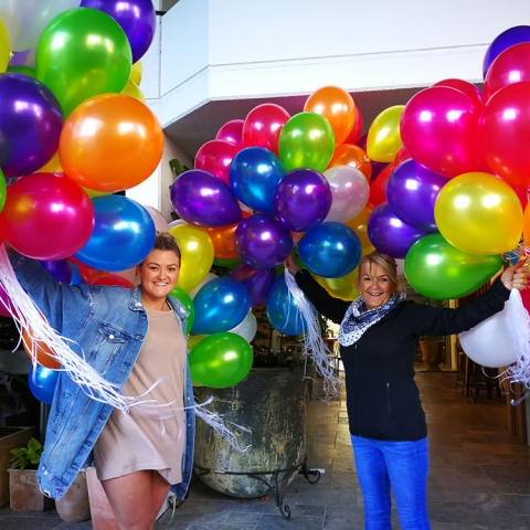 Floating-Helium-Balloons-(17)