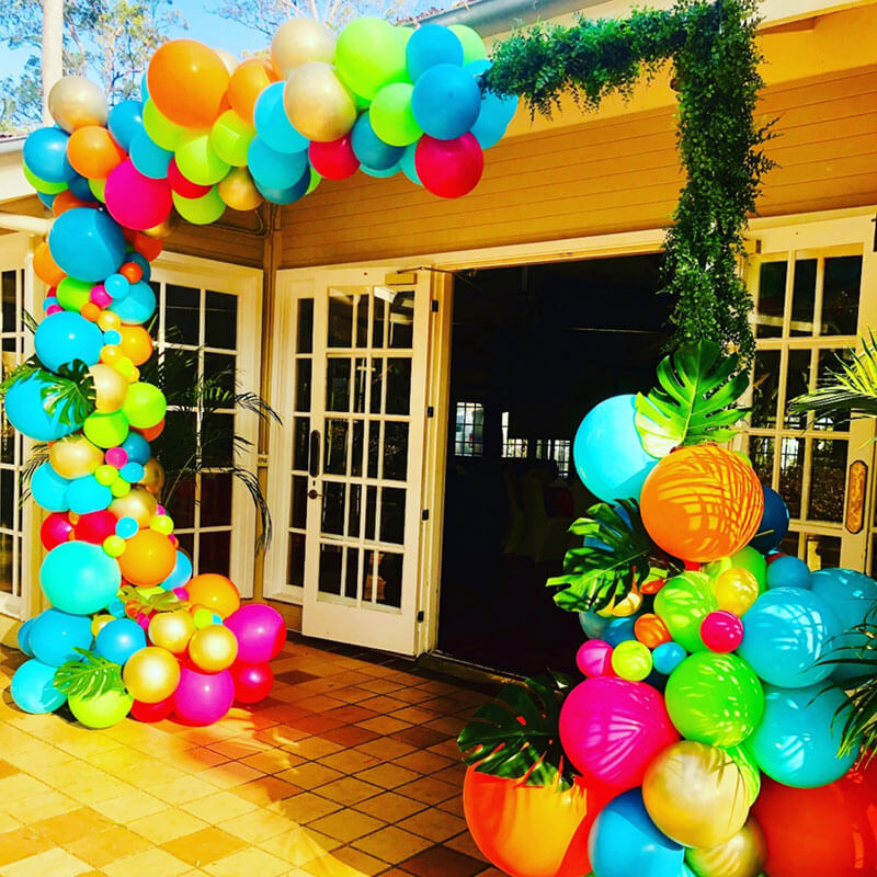 Organic Balloon Garland w Greenery