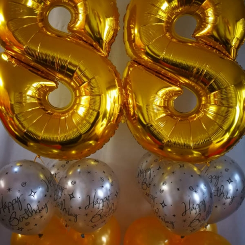 Gold Megaloon Number Balloons
